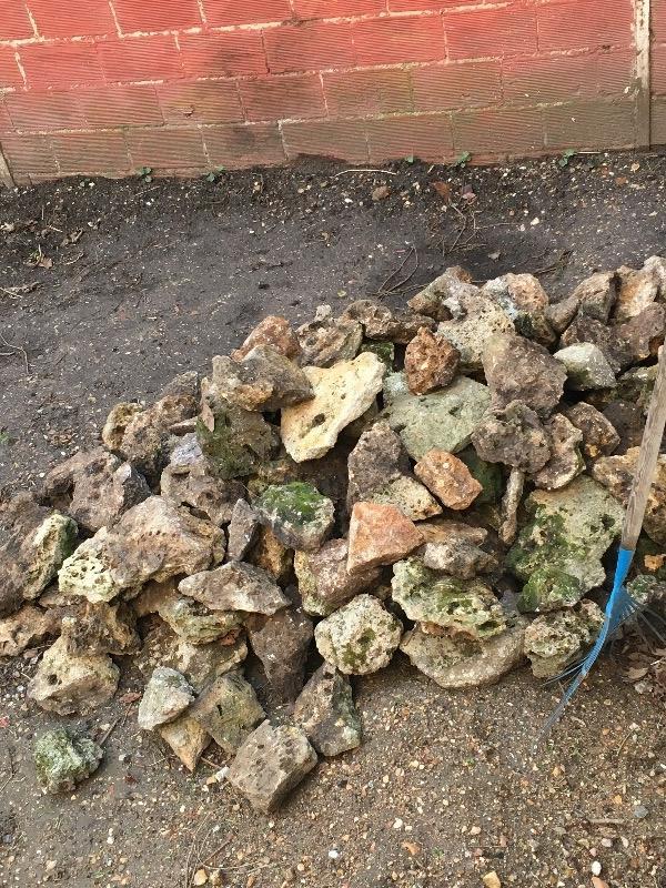 Recyclage, Récupe & Don d'objet : donne pierre meuliere