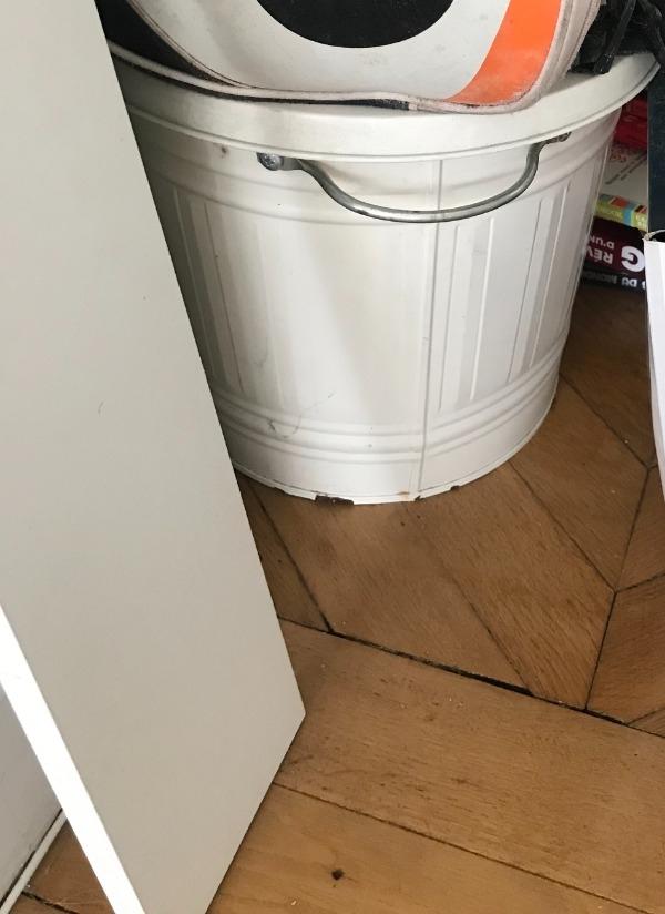 Recyclage, Récupe & Don d'objet : poubelle blanche