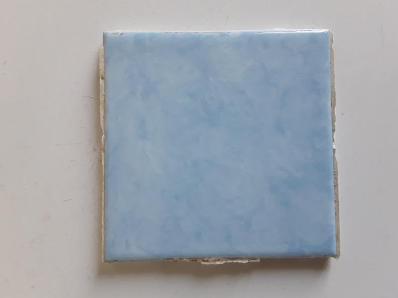 Recyclage, Récupe & Don d'objet : carrelage vintage bleu 60s - lyon 9