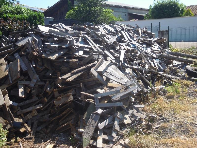 Recyclage, Récupe & Don d'objet : palettes bois dejà coupés pour chauffage