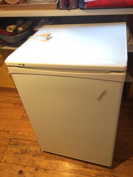 Recyclage, Récupe & Don d'objet : petit frigo en bon état