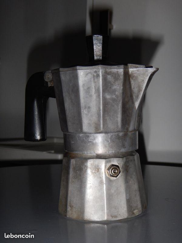 Recyclage, Récupe & Don d'objet : petite cafetière italienne