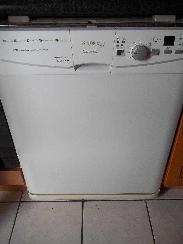 Recyclage, Récupe & Don d'objet : lave-vaisselle fagor pour bricoleur ou piè...
