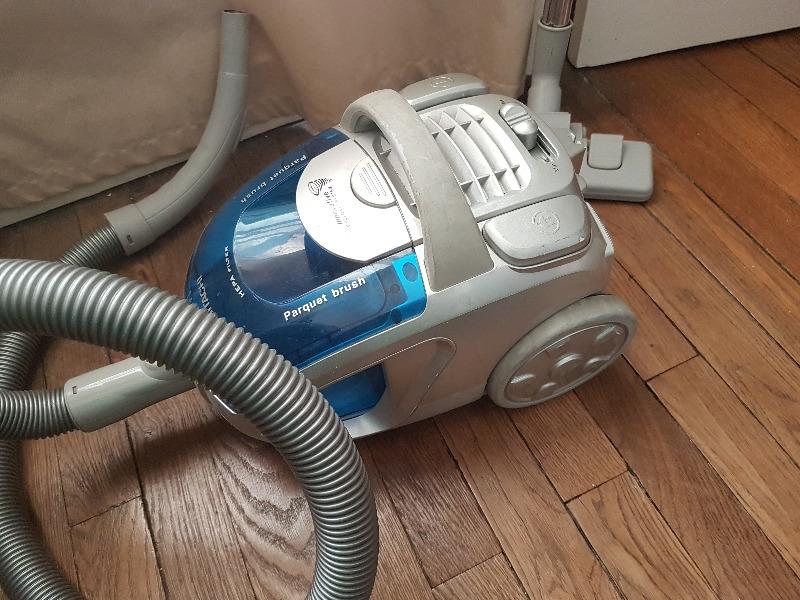 Aspirateur - ElectroMénager