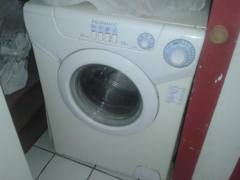 Recyclage, Récupe & Don d'objet : machine à laver candy aquamatic 3,5kg à ré...