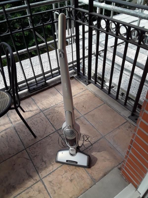Recyclage, Récupe & Don d'objet : aspirateur sans fil