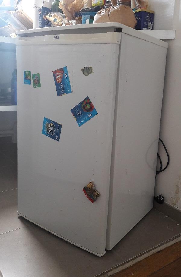 Recyclage, Récupe & Don d'objet : petit réfrigérateur faure