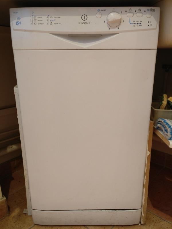 Recyclage, Récupe & Don d'objet : lave-vaisselle 45cm indesit dsg 263
