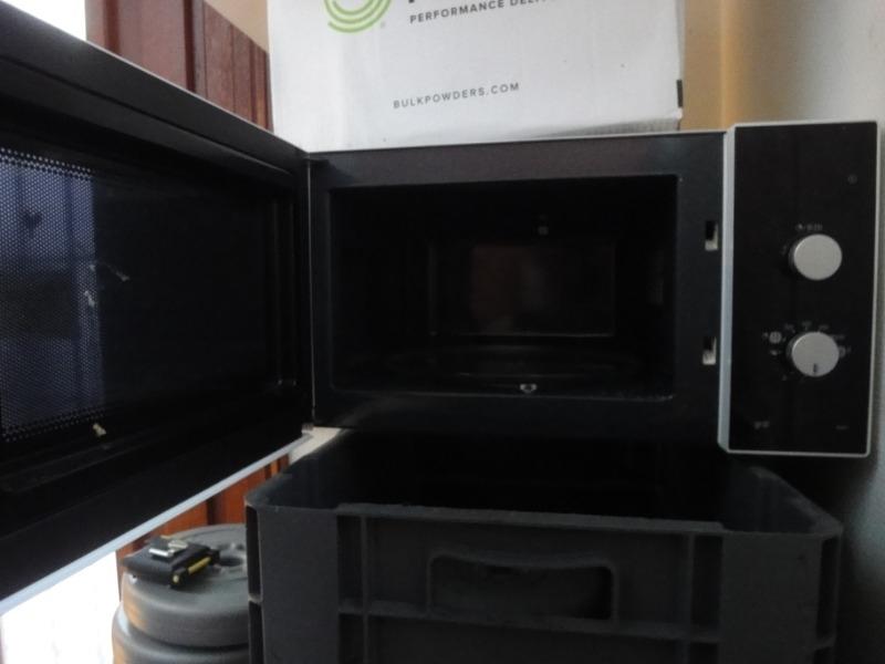 Recyclage, Récupe & Don d'objet : four-micronde avec fonction gril