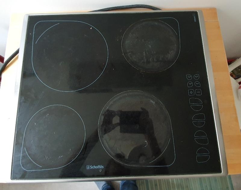 Recyclage, Récupe & Don d'objet : table cuisson vitrocéramique scholtès