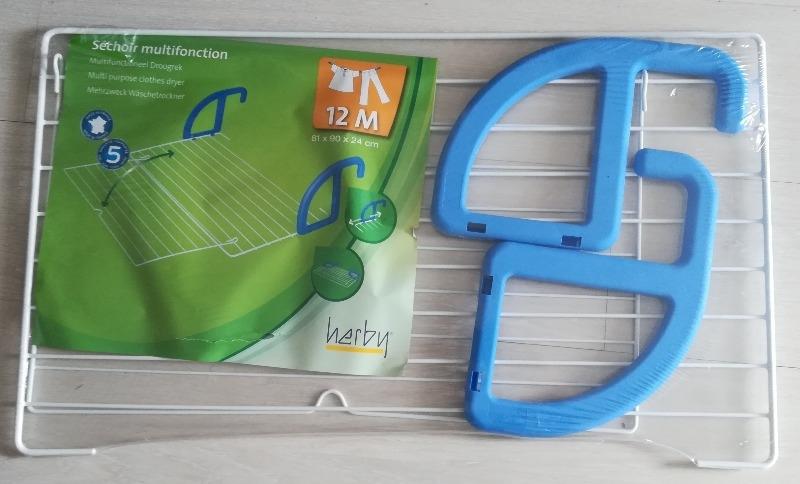 Recyclage, Récupe & Don d'objet : etendoir de porte neuf
