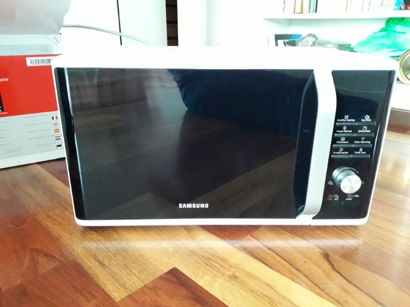 Recyclage, Récupe & Don d'objet : micro-onde samsung ms28j5215 blanc
