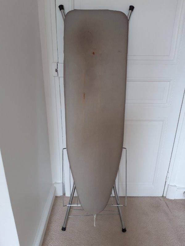 Recyclage, Récupe & Don d'objet : planche à repasser 120 x 35 cm
