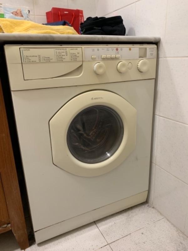 Recyclage, Récupe & Don d'objet : machine à laver/séchante  le linge