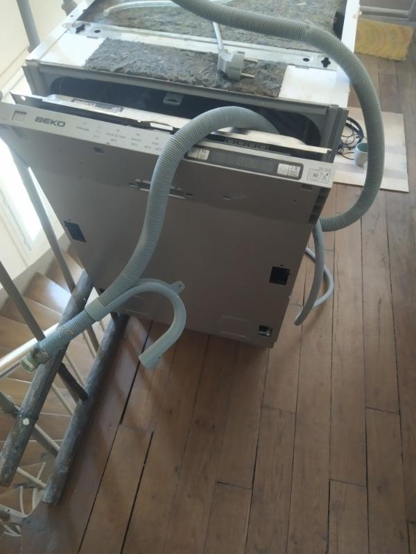 Recyclage, Récupe & Don d'objet : lave vaisselle beko à réparer ou pour pièces