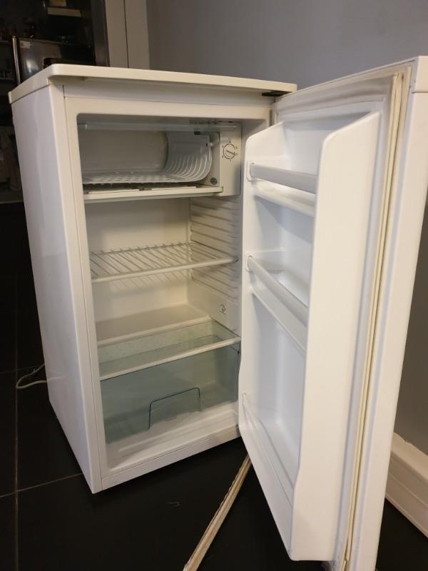 Recyclage, Récupe & Don d'objet : petit frigo proline