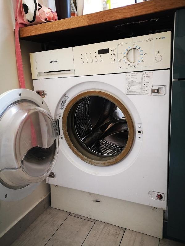 Recyclage, Récupe & Don d'objet : machine lave linge séchante encastrable smeg