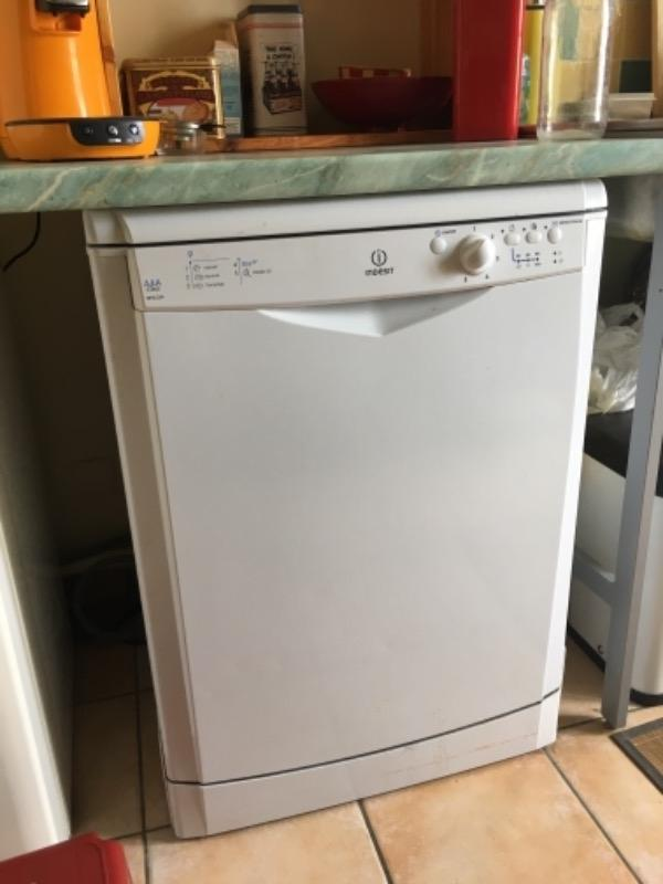 acheter populaire 26d32 78c5d Recyclage objet, Récupe objet : Donne lave-vaisselle indesit ...