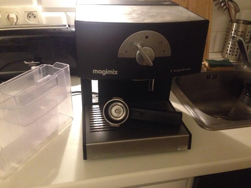 Recyclage, Récupe & Don d'objet : machine à café espresso