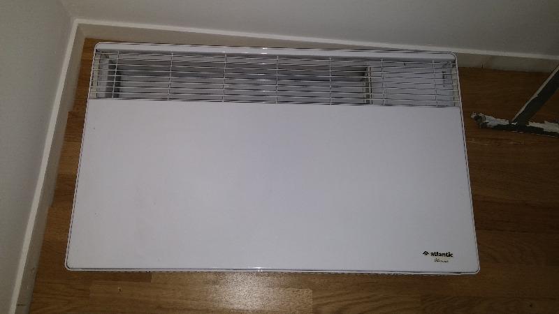 Recyclage, Récupe & Don d'objet : radiateur électrique mural blanc