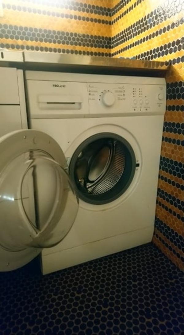 Recyclage, Récupe & Don d'objet : machine à laver à hublot proline