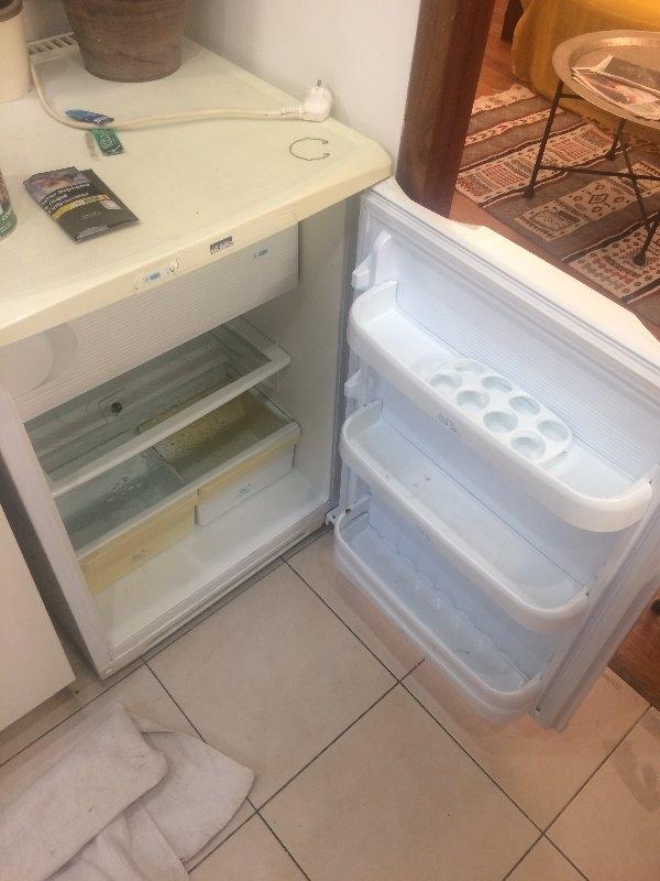 Recyclage, Récupe & Don d'objet : mini frigo très bon état