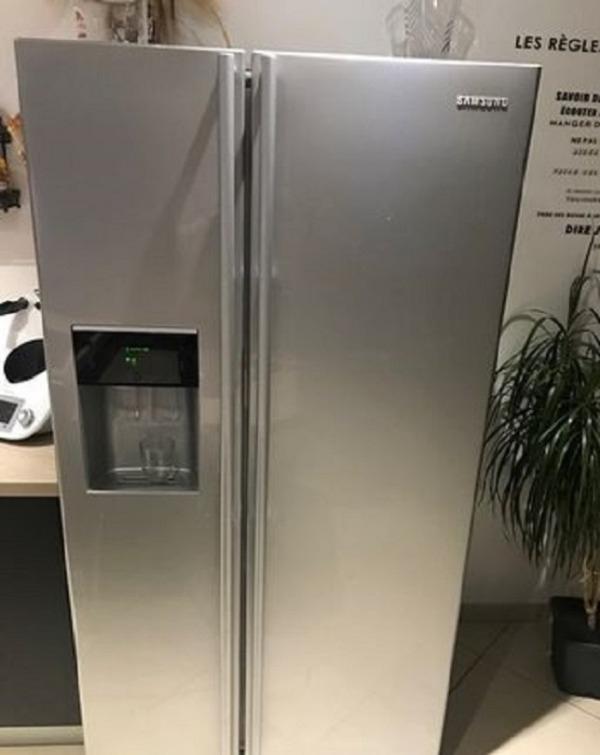 Recyclage, Récupe & Don d'objet : réfrigérateur qui fonctionne en état