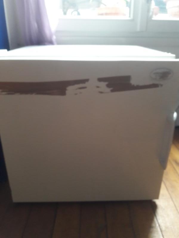 Recyclage, Récupe & Don d'objet : petit congelateur cube