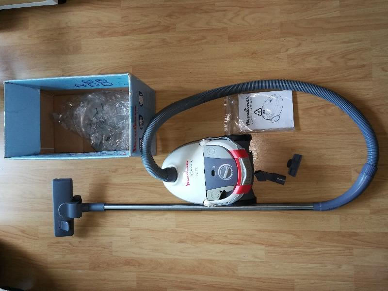 Recyclage, Récupe & Don d'objet : aspirateur moulinex accessimo blanc