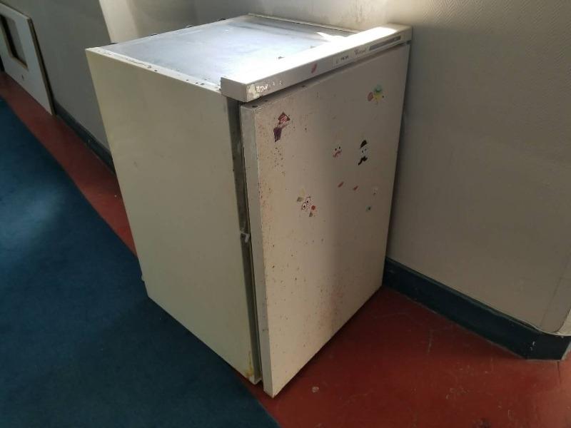 Recyclage, Récupe & Don d'objet : un réfrigérateur ancien