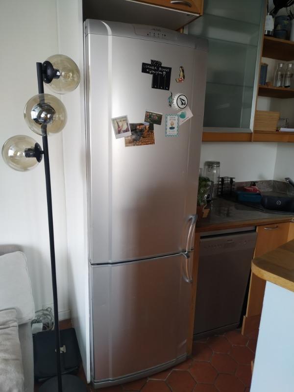 Recyclage, Récupe & Don d'objet : frigidaire avec congélateur en partie basse
