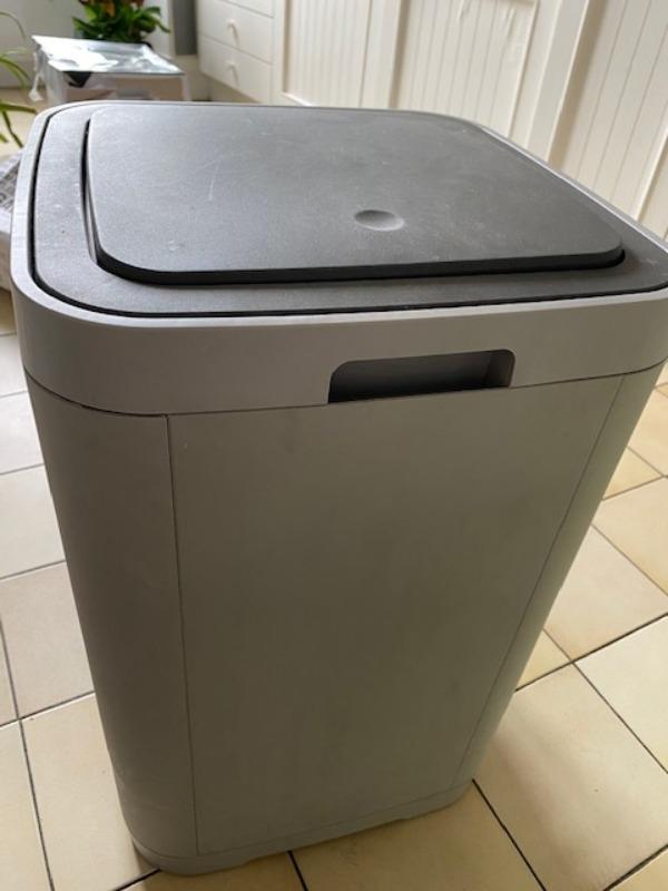 Recyclage, Récupe & Don d'objet : poubelle rectangulaire 60l