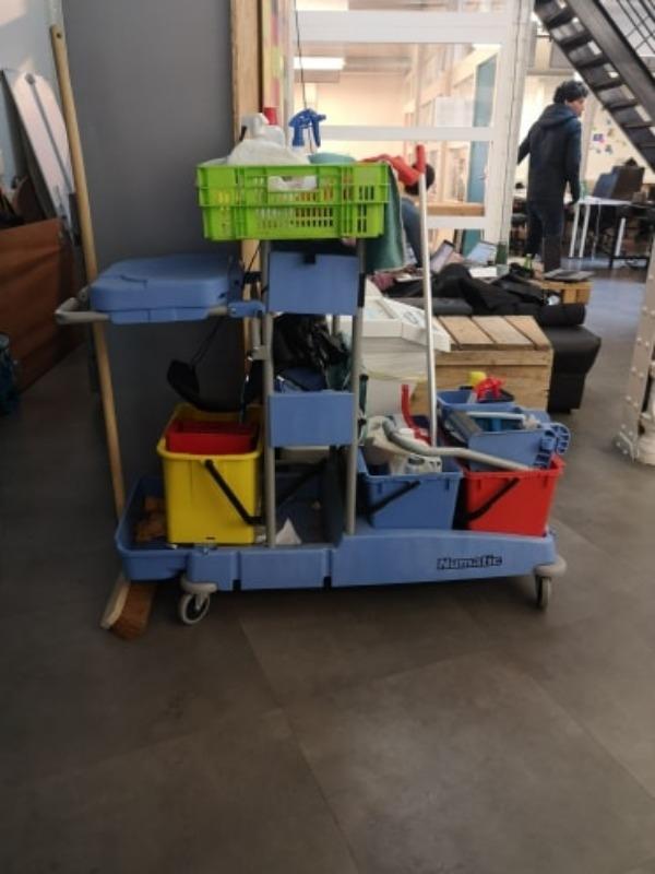 Recyclage, Récupe & Don d'objet : chariot de nettoyage