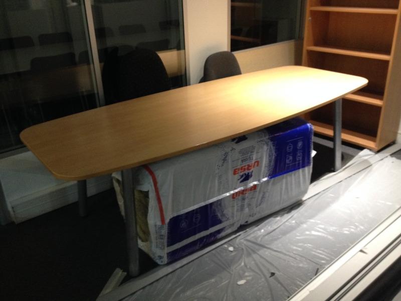 Recyclage, Récupe & Don d'objet : table de réunion