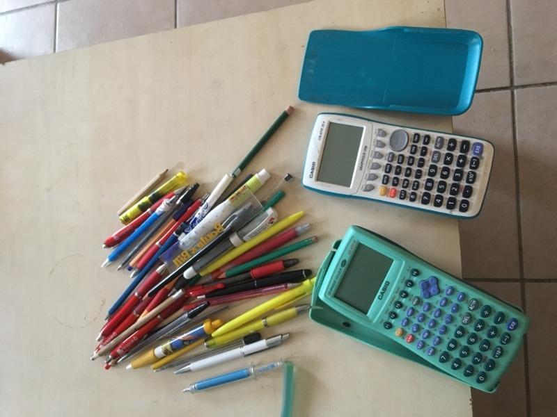 Recyclage, Récupe & Don d'objet : stylos, calculatrices casio