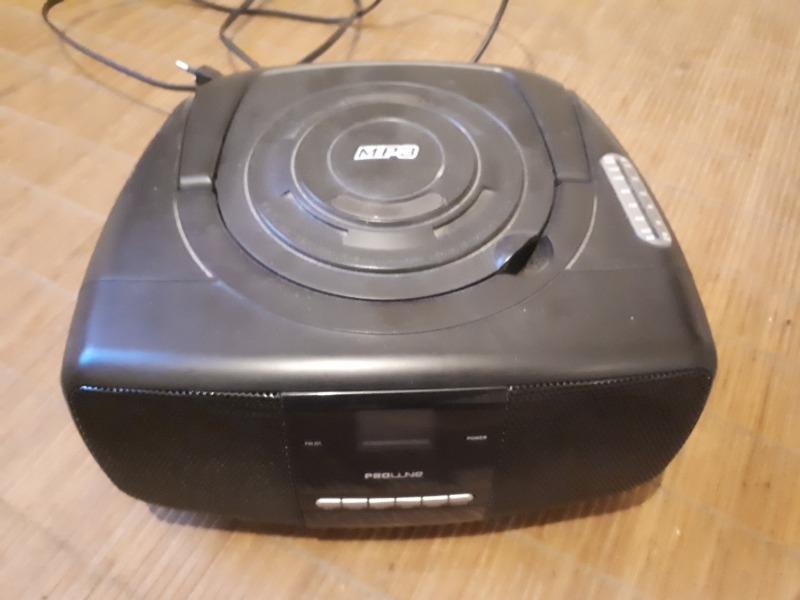 Recyclage, Récupe & Don d'objet : radio avec lecteur cd