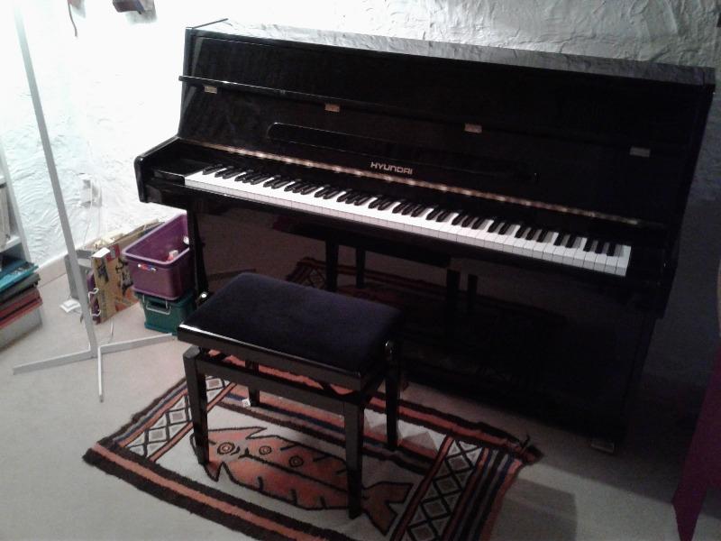Recyclage, Récupe & Don d'objet : un piano hyundai