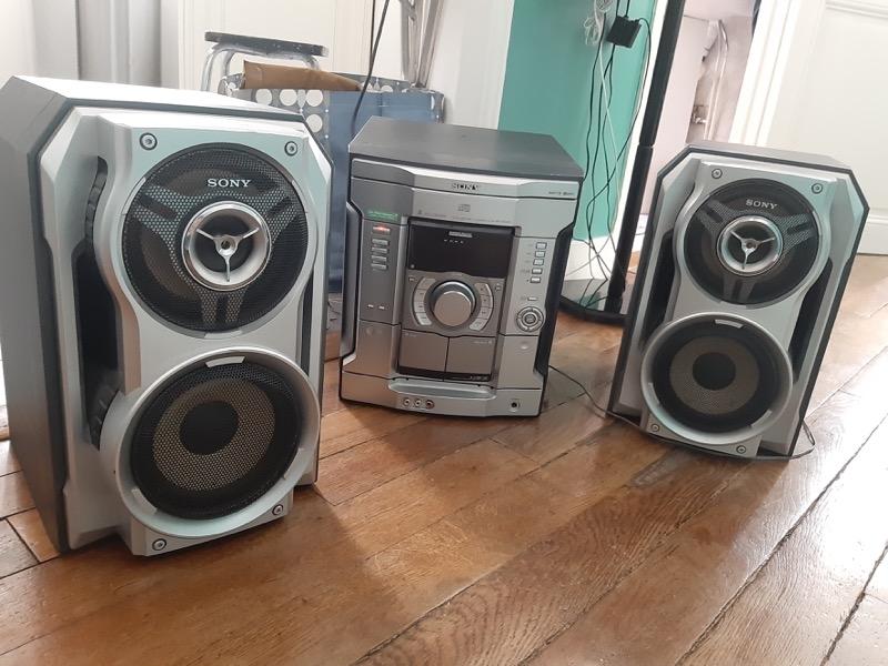 Recyclage, Récupe & Don d'objet : chaîne hi-fi sony mhcrg330