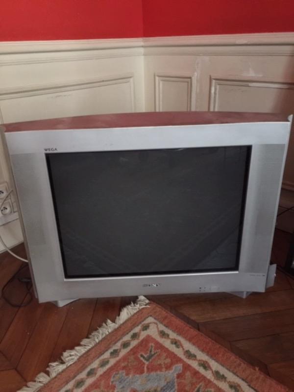 Recyclage, Récupe & Don d'objet : télé sony