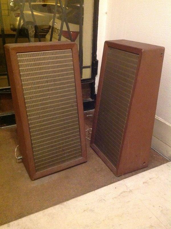 Recyclage, Récupe & Don d'objet : deux haut-parleurs