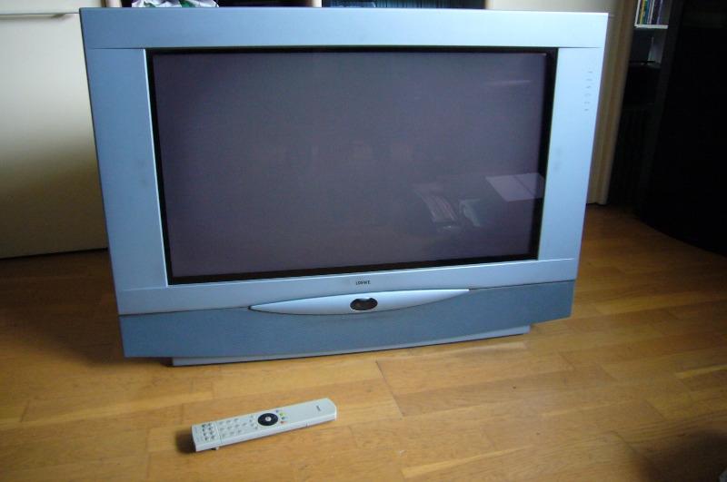 Recyclage, Récupe & Don d'objet : tv cathodique 81 cm loewe aconda 9281 zw