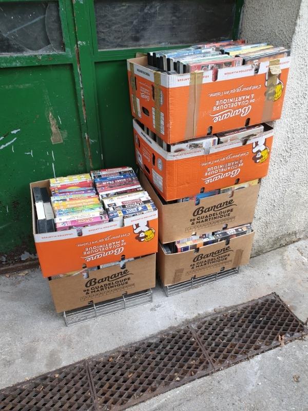 Recyclage, Récupe & Don d'objet : lot de cartons de k7 vhs