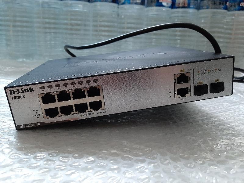 Recyclage, Récupe & Don d'objet : switch d-link 8 ports des-3200-10