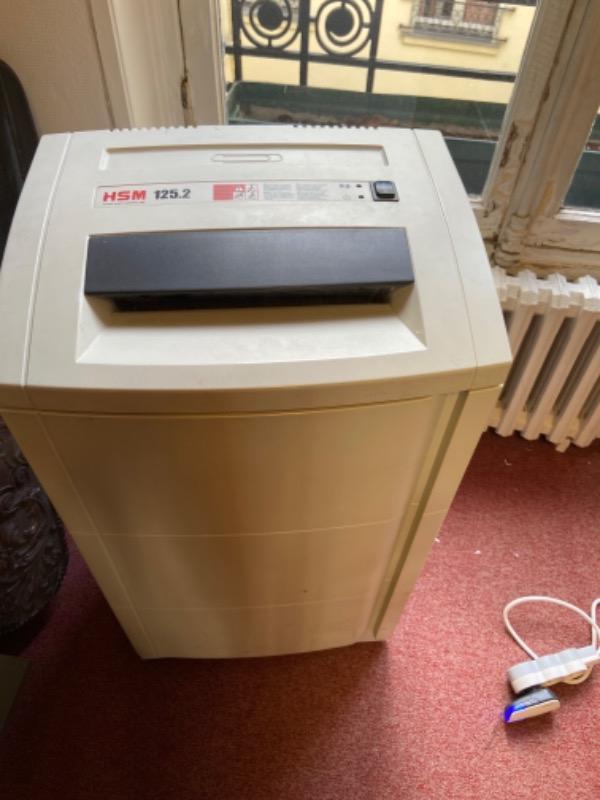 Recyclage, Récupe & Don d'objet : destructeur de papier