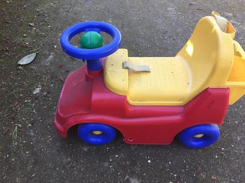 Recyclage, Récupe & Don d'objet : jouet pour enfant