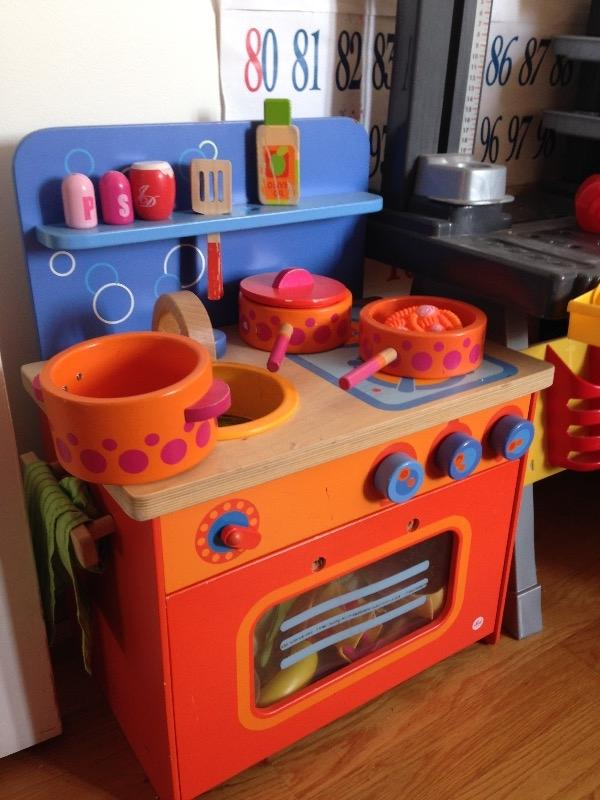 Recyclage, Récupe & Don d'objet : jouet, petite cuisine en bois