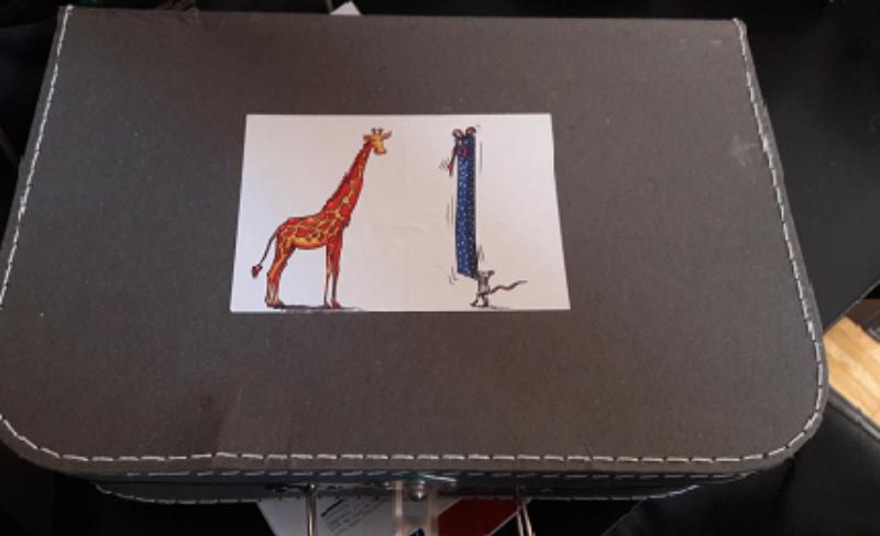 Recyclage, Récupe & Don d'objet : valise en carton enfant
