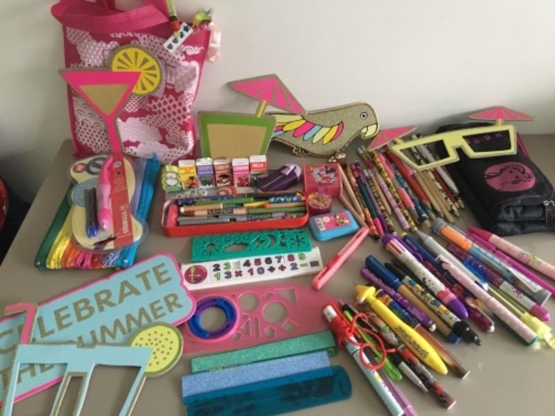 Recyclage, Récupe & Don d'objet : materiel de bureau fantaisie enfant