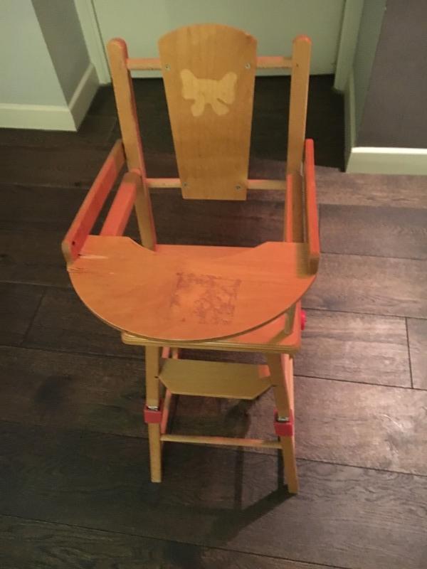 Recyclage, Récupe & Don d'objet : chaise haute de poupée