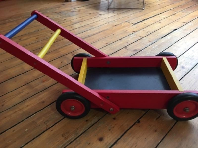 Recyclage, Récupe & Don d'objet : jouet charriot djeco